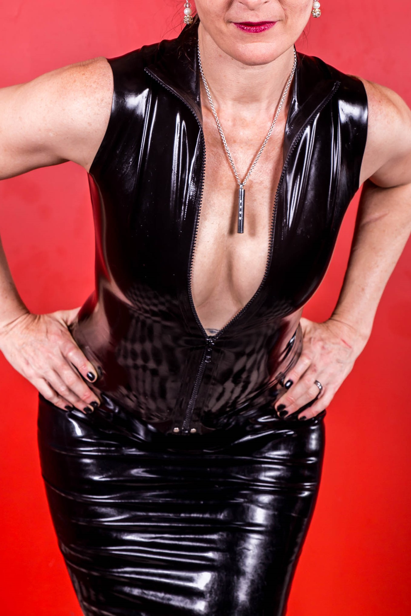 Interview with Priestess Desire – Gold Coast & Brisbane Based Pro Domme
